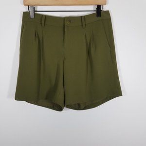 NWT Ralph Lauren Olive Green Dress Shorts Size 2